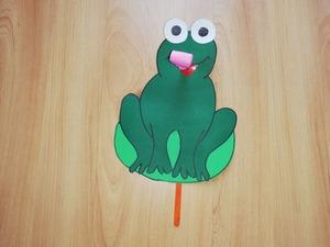 Żaba – praca plastyczna z elementem dźwiękowym