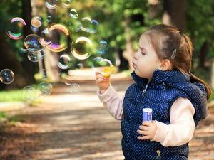 Zabawy z dzieckiem na świeżym powietrzu