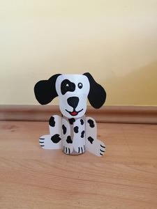 Pies – praca plastyczna z wykorzystaniem rolki