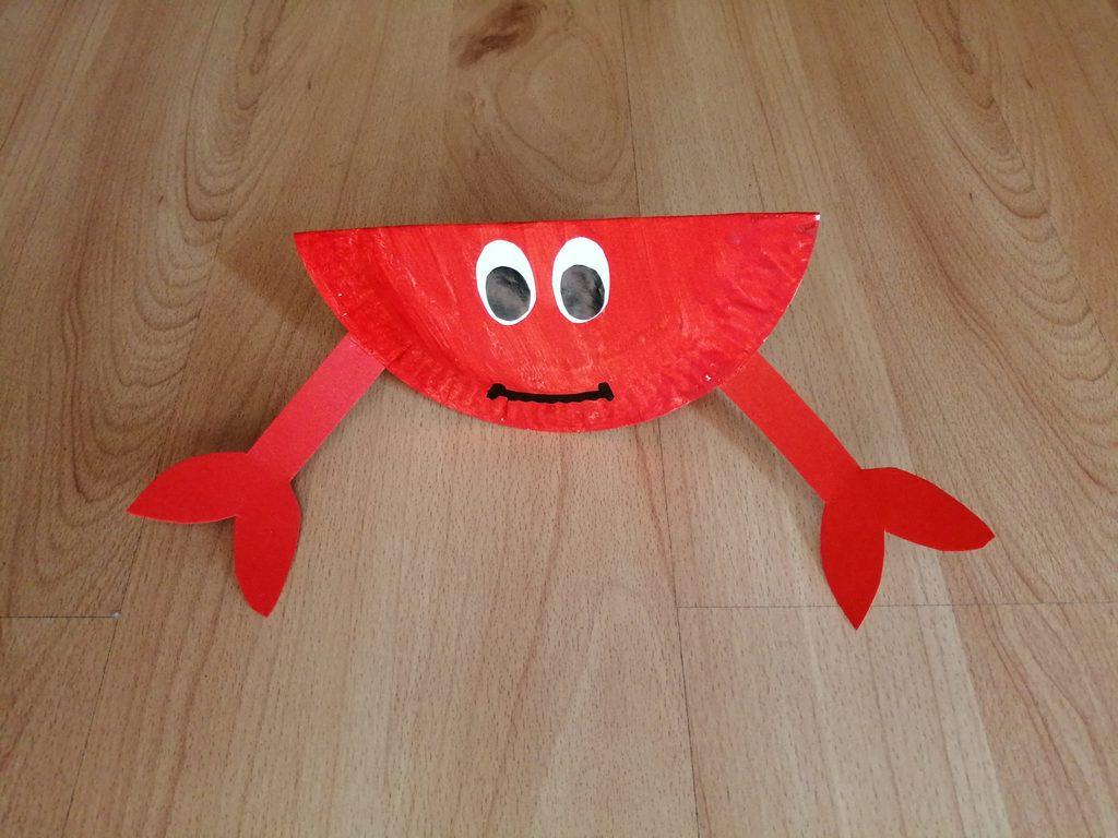 Krab - praca plastyczna z wykorzystaniem talerzyka