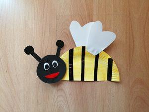 Pszczoła - praca plastyczna z wykorzystaniem talerzyka