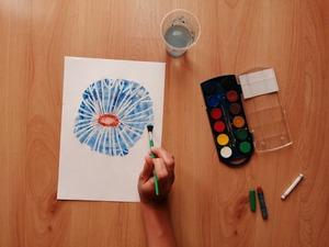 Dmuchawiec – praca plastyczna z wykorzystaniem farb akwarelowych