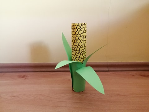 Kolba kukurydzy - praca plastyczna z wykorzystaniem rolki