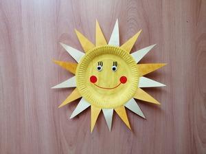 Słońce - praca plastyczna z wykorzystaniem talerzyka papierowego