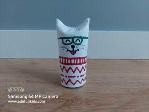 Kotek - praca plastyczna z wykorzystaniem rolki